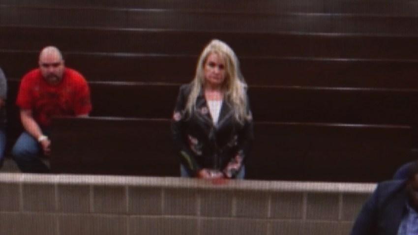 Resultado de imagen para Alguacil: mata a esposo al verlo llegar en auto de su nueva novia