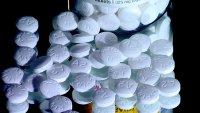 Panel médico revisa popular consejo de tomar aspirina diaria en ciertos casos