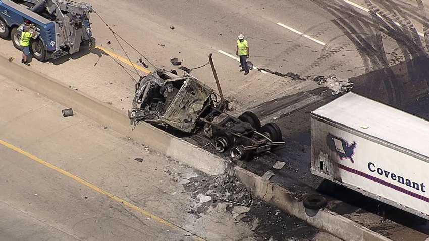 NB I-45 Closed in Wilmer, 18-Wheeler Crash