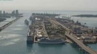 Llega a Miami crucero con 2 tripulantes muertos y varios con coronavirus