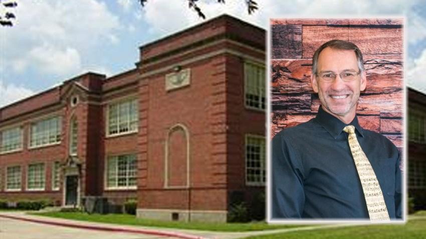 Robert Gasper Peri fue el maestro acusado y arrestado en las últimas horas.