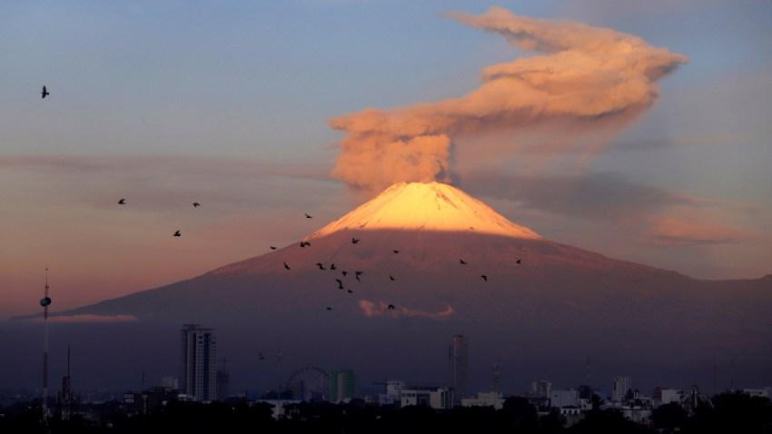Volcán Popocatépetl visto desde Puebla.