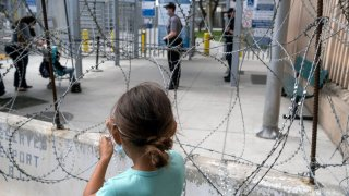 Grupos humanitarios recomiedan a gobierno de Biden qué solicitantes de asilo entrarán a EEUU