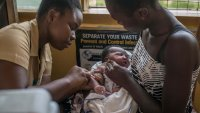 La OMS abre la puerta al uso generalizado de la vacuna contra la malaria en África