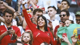 Con camiseta de Portugal: pillan a la novia de Cristiano Ronaldo en las gradas