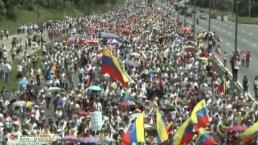 Venezolanas marchan contra gobierno