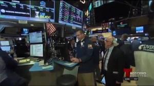 Repunta la bolsa de valores tras anuncio del FBI