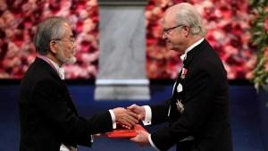 Sin Bob Dylan, entregaron los Premios Nobel