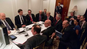 Así vivió Trump el ataque a Siria desde su casa en Florida