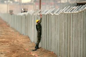 EEUU reconoce que no tiene dinero para el muro