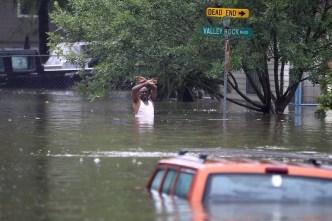 La población pobre de Houston sigue padeciendo a Harvey