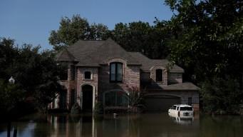 FEMA permite a iglesia solicitar ayuda tras Harvey e Irma