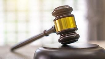 Se quejan contra fiscal que acusó de homicidio a afroamericano