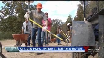 Siguen esfuerzos en el Buffalo Bayou después de Harvey