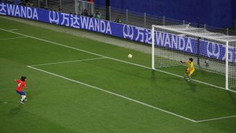2-0 Chile eliminado tras final de infarto ante Tailandia