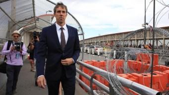 O'Rourke cruza la frontera y va a funeral de víctima
