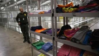 El gobierno privatiza la detención de niños migrantes