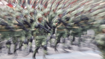 Tribunal ordena detener a militares por matanza en 2014