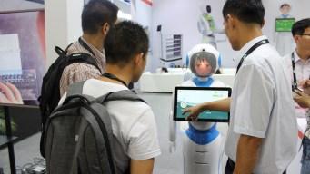 Robots, ¿remedio contra la soledad de los ancianos?