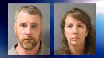 Fijan juicio para exoficial y esposo acusados de homicidio