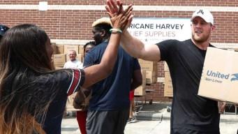 J.J. Watt consiguió $41 millones para damnificados de Harvey