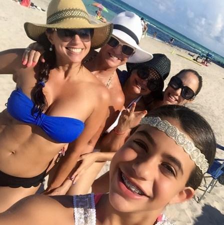En Rashel Bikini Diaz