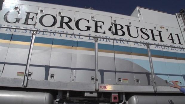 [TLMD - Houston] 4141, el tren en honor al expresidente Bush