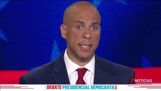 Cory Booker dice que reviviría el programa DACA