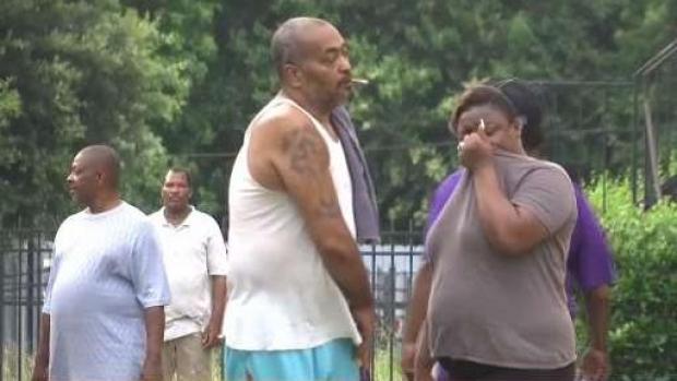 [TLMD - Houston] Encuentran pareja muerta en residencia