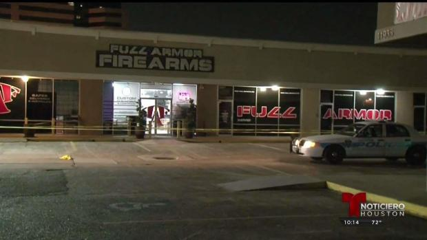 [TLMD - Houston] Fueron a robar armas y salieron baleados