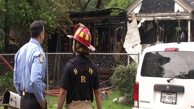 [TLMD - Houston] Incendio en hogar deja varios heridos