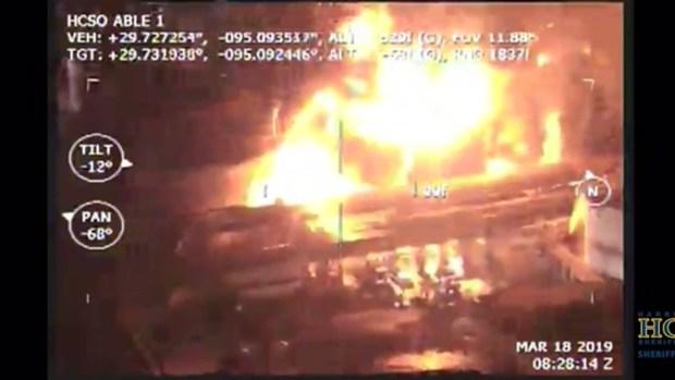 [TLMD - Houston] Así se vio el incendio en Deer Park desde el aire