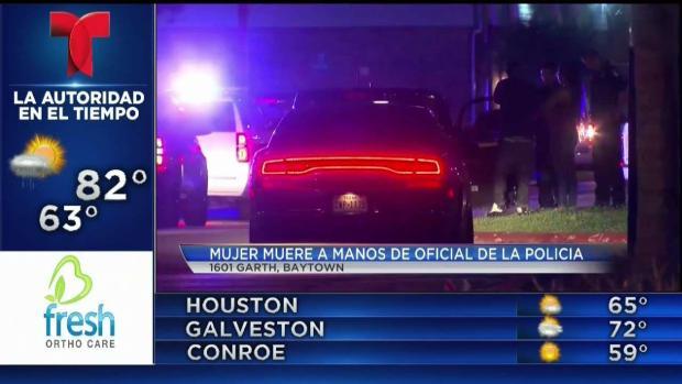 [TLMD - Houston] Oficial de baytown disparó contra mujer y la mata