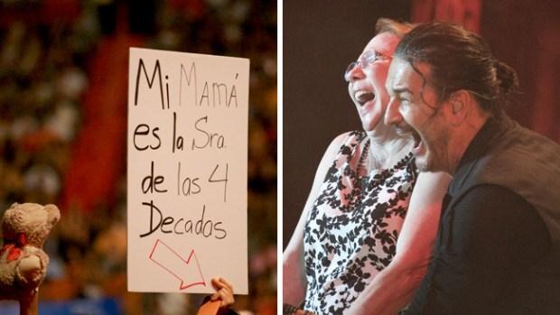Fanática madurita se goza a Ricardo Arjona en concierto