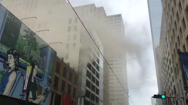 [TLMD - Houston] Incendio en pleno downtown de Houston