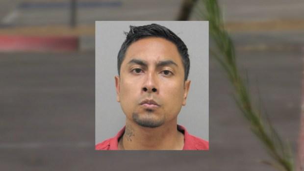 [TLMD - LV] Maestro hispano bajo arresto por relaciones con menor que huyó de casa