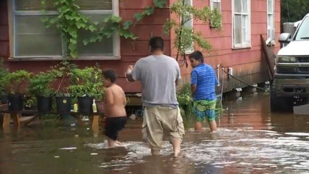[TLMD - Houston] Se mudaron tras Harvey, hoy se inundaron en Texas City