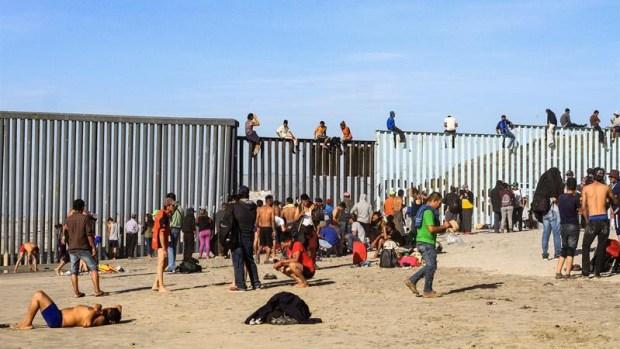 La llegada del segundo grupo de la caravana a Tijuana