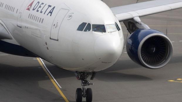 Aerolínea americana implementa mensajería móvil de texto gratuita a bordo