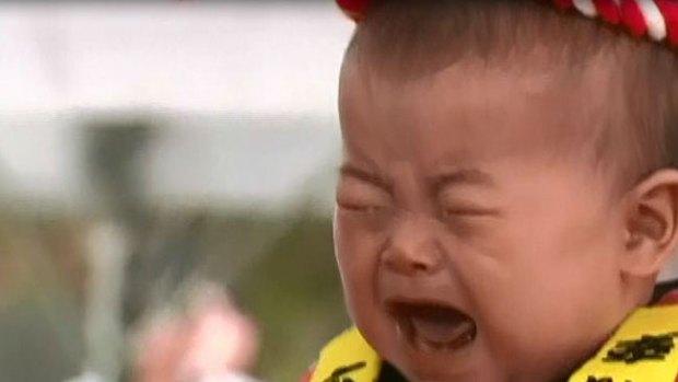Video: Triunfa concurso de hacer llorar a bebés