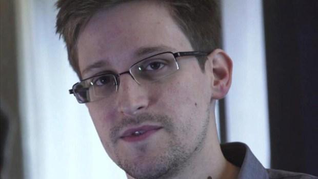Video: Snowden critica vigilancia electrónica