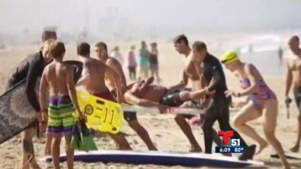 Video: Surfista salva a hispano de un tiburón