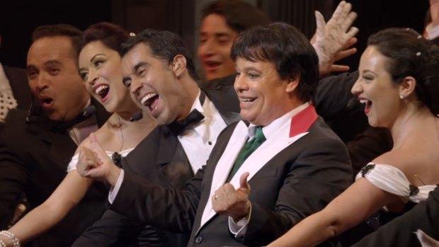 Video: Juan Gabriel da buenas y malas noticias