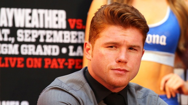 Video: Canelo va a por todas con Mayweather