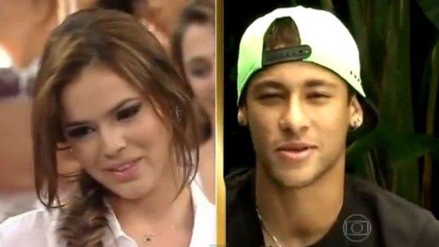 Video: Neymar hace llorar a su novia Bruna