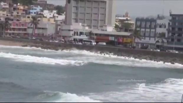 """Video: El poder de """"Norbert"""" se siente en México"""