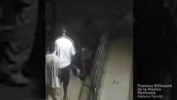 Video: Policía difunde video de brutal paliza