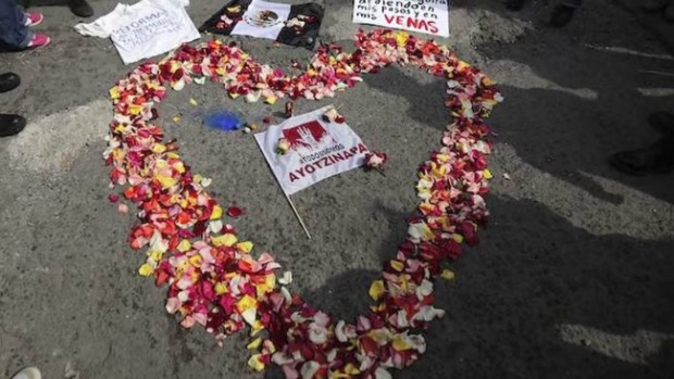 Video: Protestas en EEUU por Ayotzinapa