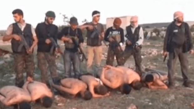 Video: Video sobre ejecución de soldados sirios