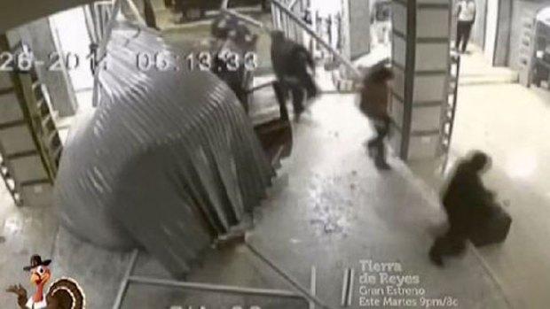 Video: El detalle que delataría a estos ladrones